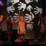 Wakatanka Aufführung Häuptling singt