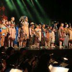 Wakatanka Aufführung Schlussapplaus Finale