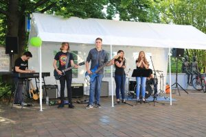 Jugendband auf Sommerfest 2017