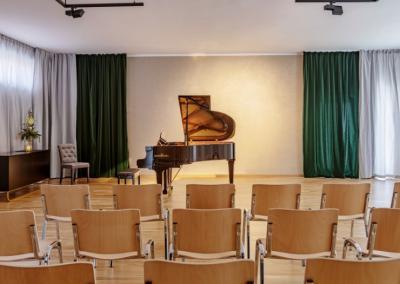 Musikschule Saal mit Flügel